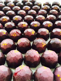 #mango and passionfruit chocolate