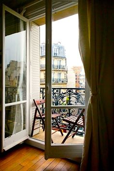 paris apartment for rent. to die for.