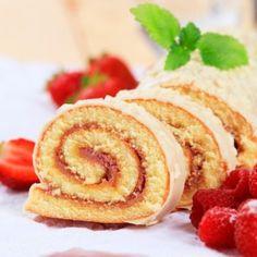 Erdbeer - Biskuitrolle