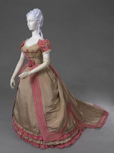 Victorian silk faille evening dress with ivory bobbin lace detail by House of Worth [French], c. 1867-70