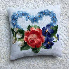 Cross stitch love heart Lavender sachet • CWA Australia craft