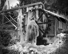 Someything to see while visiting for a meeting at Aldebrook - Frozen water wheel, Union, WA