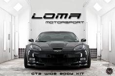 Loma kicks *ss. Black C6 Corvette