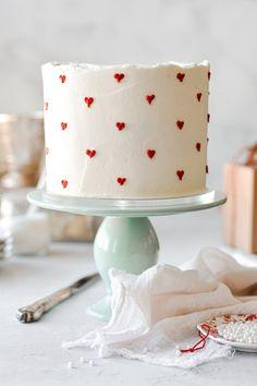 Pretty Birthday Cakes, Pretty Cakes, Cute Cakes, Beautiful Cakes, Amazing Cakes, My Birthday Cake, Birthday Cake Designs, Brithday Cake, Beautiful Cake Designs