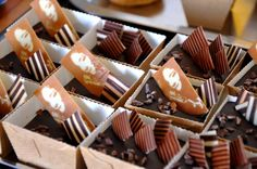 Liens | www.choc-en-stock.com Take Out, Container, Chocolate, Cooking, Food, Kitchen, Essen, Chocolates, Meals