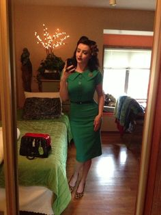 Bettie page clothing Pin Up Outfits, Dress Outfits, Cute Outfits, Dresses, Retro Look, Retro Style, My Style, Rockabilly Fashion, Retro Fashion