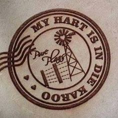 My Hart is in die Karoo. Windmill Art, Foto Frame, Afrikaanse Quotes, My Land, Screenprinting, African History, T Shirts With Sayings, Placemat, Stone Painting