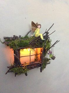 Fairy Window with Delicate Twinkling LightHandcrafted by Olive Fairy Accessories Fairy House Fairy Door Fee-Fenster mit zarten funkelnden Licht Handarbeit OliveEtsy Fairy Tree Houses, Fairy Garden Houses, Gnome Garden, Fairy Gardening, Tree Garden, Gardening Tips, Twig Crafts, Fairy Crafts, Garden Crafts