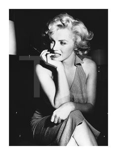 Casual Marilyn Marilyn Monroe in a casual portrait. 1952