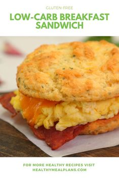 This breakfast sandwich is an absolute game changer! It starts with a homemade low-carb biscuit that is made with almond flour and topped with turkey bacon, eggs and cheddar cheese! Zucchini Breakfast, Low Carb Breakfast, Breakfast Recipes, Breakfast Ideas, Breakfast Biscuits, Breakfast Sandwiches, Free Breakfast, Crockpot Recipes, Keto Recipes