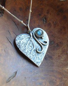 Organic leaf pendant - sterling silver and labradorite - leaf vine - one of a kind Leaf Pendant, Heart Jewelry, Labradorite, Dog Tag Necklace, Jewelery, Necklaces, Leaves, Organic, Pendant Necklace
