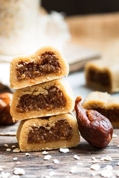 These healthy gluten-free Fig Newtons are a wonderful adult and kid-friendly cookie recipe. They do not require any baking, are refined sugar-free