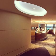 Time to Say Goodbye... Back to Jakarta... Singapore Changi Airport.. Terminal 3 dnata Lounge...Enjoy 😇😇🙏🙏 The Entrance... #singapore #singaporetourismboard #exploresingapore #enjoysingapore #discoversingapore #visitsingapore2017 #traveller #holiday #vacation #instatravel #travelgram #tourist #weekendgetaway #instaaviation #aviation #avgeek #changiairport #airport #terminal3 #building #architecture #ilovesg #lounge #businessclasslounge #dnatalounge #garudaindonesia #ga839 #skyteam…