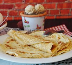 Comment faire des crêpes Salsa Verde, Low Carb Crepes, Comida Fusion, Chile Poblano, Queso Mozzarella, Keto Recipes, Healthy Recipes, Breakfast Options, Batch Cooking