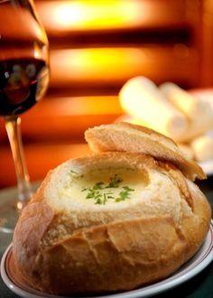 p o de queijo 4 ingredientes receitas pinterest cheese bread brazil and youtube. Black Bedroom Furniture Sets. Home Design Ideas