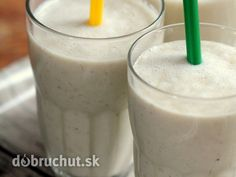 Biele raňajkové smoothie Glass Of Milk, Barbecue, Smoothies, Brunch, Drinks, Food, Mixer, Bullet, Fitness