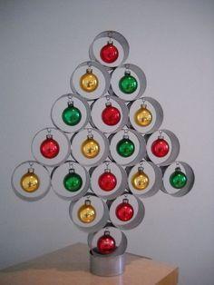 Dia certo para montar árvore de natal 2017 e ideias de árvores de natal diferente, criativas, recicladas, de parede e alternativas
