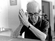 A Estrambólica Arte = ciência + tecnologia + arte: Mãos Dadas - Carlos Drummond de Andrade