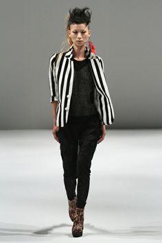 Nitz Schneider | Spring 2013 Ready-to-Wear Collection | TOKYO FASHION WK |Style.com