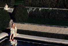 An image from Balenciaga's spring 2016 advertising campaign