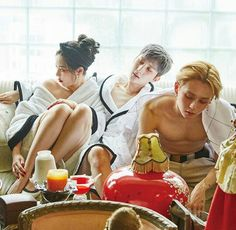 Triple H Hyuna - Retro Futurism Hyuna Triple H, Pentagon Members, Hyuna Kim, Fandom, E Dawn, Cube Entertainment, Korean Music, Korean Idols, Retro Futurism