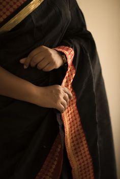 Photographer: Sheiks  www.urbanfashioner.com  I recently did a photoshoot for designer vinodini sekar for her brand Manjal couture.  #saree #south #blouse #zari #sarees #sareelovers #model #Chennai #indian #sareestyles #Dark #Blacksaree