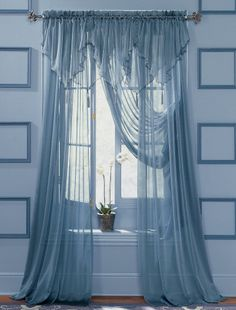These Sheer Curtains Have A Rather Ornate Valance But Still Manage Not To  Be Top Heavy