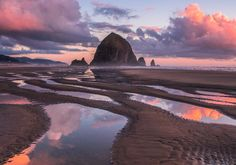 It doesnt get much better than this! Photo by - via Pacific Northwest Wonderland on : Amazing Destinations - International Tips - Dream - Exotic Tropical Tourist Spots - Adventure Travel Ideas - Luxury and Beautiful Resorts Pictures by Cannon Beach, Tourist Spots, Pacific Northwest, Outdoor Travel, Land Scape, The Great Outdoors, Adventure Travel, The Good Place, Travel Destinations