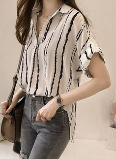 Latest fashion trends in women's Blouses. Shop online for fashionable ladies' Blouses at Floryday - your favourite high street store. Source by bonniemlawson for women Casual Dresses For Women, Casual Outfits, Fashion Outfits, Womens Fashion, Blouses For Women, Ladies Blouses, Women's Blouses, Designs For Dresses, How To Roll Sleeves