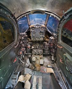 Looks like the Cockpit of a Bell P-39 Aircobra.