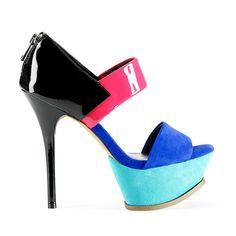 Zapatos de tacon inspirados en el color blocking de Jessica Simpson
