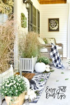 Looking for simple ideas for fall decor? This post has simple, cozy, and attainable ideas for fall.