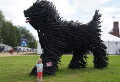 At the Smithsonian Folklife Festival of Hungarian Artist Gabor Milos Szoke created a gigantic modern sculpture of a Puli on the National Mall. Dog Sculpture, Modern Sculpture, Animal Sculptures, Hungarian Dog, Puli Dog, Thing 1, National Mall, Herding Dogs, Dog Show
