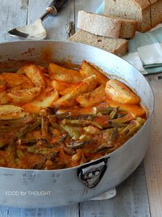 Food for thought Greek Recipes, Diet Recipes, Vegan Recipes, Cooking Recipes, Veggie Dishes, Tasty Dishes, Vegetable Recipes, Bon Appetit, Greek Vegetables