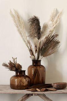 Grote glazen vaas - Home / Decor - vase Large Glass Vase, Tall Glass Vases, Cut Glass, Small Vases, Glass Flower Vases, Glass Art, Home Interior Design, Interior Decorating, Decorating Ideas