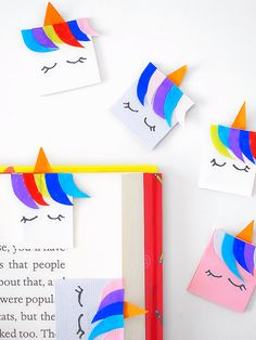 Any good book deserves a good bookmark. And nothing goes with the magic of reading more than these magical Magnetic Paper Tab Unicorn Bookmarks! Best Bookmarks, Gold Sheets, Art N Craft, Fun Crafts For Kids, Our Kids, Magnets, Paper Crafts, Crafty, Unicorns