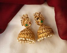 Check out some of the breathtaking imitation antique jewellery designs like necklace sets and earrings from this popular brand called Karuni Jewellers. Gold Jhumka Earrings, Indian Jewelry Earrings, Gold Bridal Earrings, Jewelry Design Earrings, Gold Earrings Designs, Bridal Jewelry, Antique Jewellery Designs, Gold Ring Designs, Gold Bangles Design