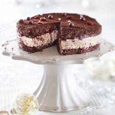 Suklainen karpalo-juustokakku