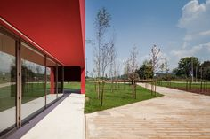 JM CasaArtes 5 Modern Architecture With Vivid Red Coating: Casa das Artes in Portugal