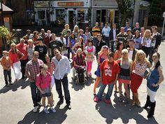 Image: The Hollyoaks cast