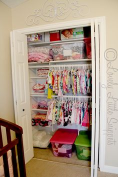 Lovely Little Snippets: Buying and Organizing Kids Clothes :: with free printables