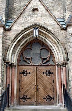 Michael's College, University of Toronto Building A Door, St Basil's, Portal, Cool Doors, Canadian History, Entry Gates, University Of Toronto, Place Of Worship, Door Knockers