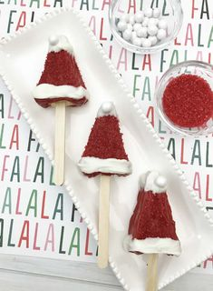 Have I got a Christmas treat for you! EASY and FUN Santa Hat Rice Krispies on a stick. A super simple Christmas snack idea that kids, teens, tweens and adults love. Make your Holiday merry and bright with these yummy Christmas treats! Christmas No Bake Treats, Christmas Party Favors, Christmas Snacks, Christmas Goodies, Christmas Holidays, Xmas, Christmas Parties, Rice Krispie Treats, Rice Krispies