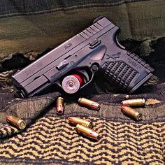 Summon this (or something like it) on amazon.com: http://amzn.to/1MnNAqJ Springfield armory #3percent #american #merica #gunoftheday #instaguns #picoftheday #respek #molonlabe #texas #2ndamendment #dtom #2a #beards #guns #tactical #edc #springfieldarmory #xds #9mm #ripammo #concealedcarry #strapped #nina #gunsofinstagram #gunstagram by dirtydevils_hellbent