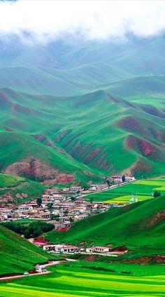 Qinghai, China TENEMOS UN PLANETA HERMOSO, SINO QUE LO DIGA ESTE BELLO LUGAR.