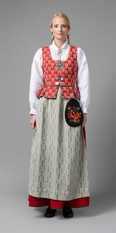 Norwegian folk dress representing region of Sør trøndelag Rare Clothing, Folk Clothing, Historical Costume, Historical Clothing, Folk Costume, Costumes, Norwegian Clothing, Costume Ethnique, Folklore