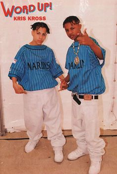 """'Kris Kross', was a rap duo of the comprising Chris """"Mac Daddy"""" Kelly and Chris """"Daddy Mac"""" Smith. The duo are best known for their hit 1992 song """"Jump"""", which was on the Billboard Hot 100 for eight weeks and was certified double platinum as a single. Style Hip Hop, Style Année 90, Hip Hop And R&b, Hip Hop Rap, Backstreet Boys, 1990s Hip Hop, Looks Hip Hop, Kris Kross, Ropa Hip Hop"""