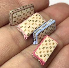 nunu's house - by tomo tanaka - Miniature Crafts, Miniature Food, Miniature Dolls, Doll Crafts, Diy Doll, Cute Crafts, Accessoires Barbie, Accessoires Iphone, Mini Choses