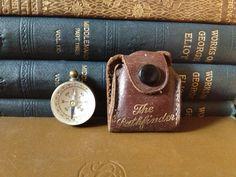 Maritime Audacious Authentic Vintage Style Brass Pocket Compass Nautical Retro Strap Leather Case