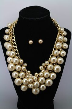Cluster Cream Faux Pearl Gold Tone Double Chain Chunky Statement Necklace Set